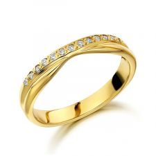 9ct Yellow Gold Diamond Slight V Shape Ring 0.10ct