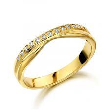 18ct Yellow Gold Diamond Slight V Shape Ring 0.10ct