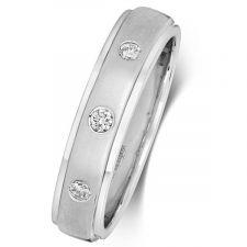 Court Wedding Ring & 3 Fush Set Diamonds 0.05ct
